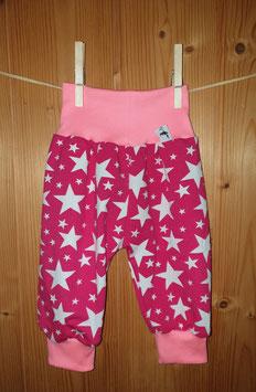 Kuschelhösli Sterne weiss auf pink 1