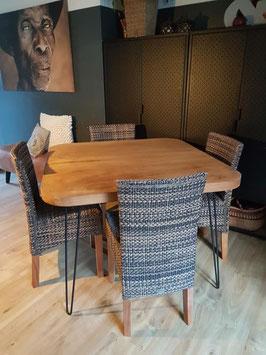 Tafel #15 - eettafel vierkant 104 cm vintage