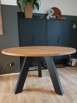 GERESERVEERD - Tafel #10 - eettafel rond 130 cm industrieel 4-5 pers.