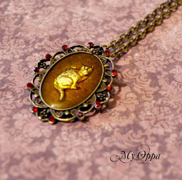 Collier chat Alice