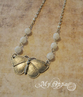 Collier papillon argenté