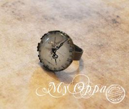 Petite Bague steampunk montre