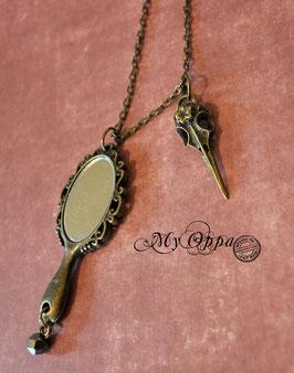 Collier steampunk miroir avec crane