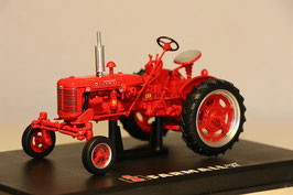 International Farmall Super FC