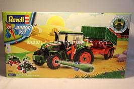 Traktor mit Anhänger von Revell