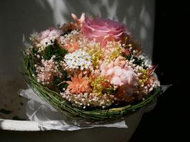 Petit bouquet de mariée, rond - Rose éternelle.