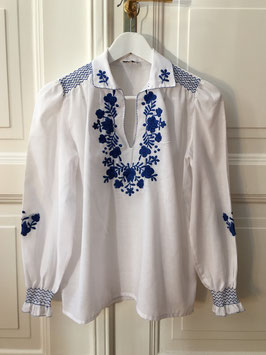 oops SOLD VINTAGE - 1970s White Embroidered Blouse