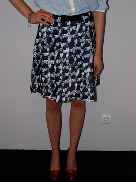 Printed Skirt With Ribbon