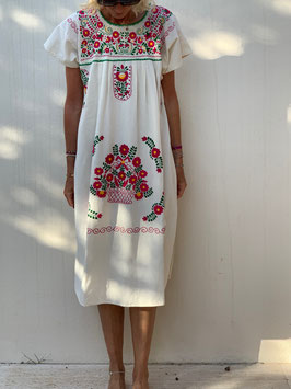 oops SOLD Embroidered Mexican Dress