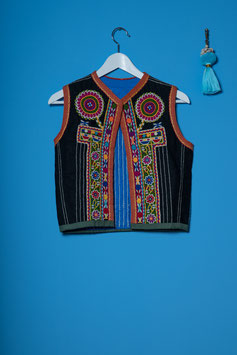 oops SOLD VINTAGE - 1970s Embroidered Ethnic Vest