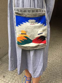 oops SOLD VINTAGE - 90s Woven Aztec Navajo