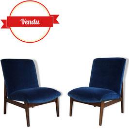 Paire de fauteuils Parker Knoll des années 50 en velours et bois