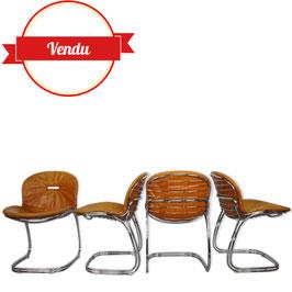 Suite de 4 chaises Sabrina design italien des années 70 Gastone Rinaldi