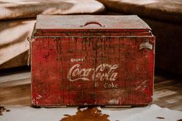 Coca-Cola Kiste aus Metall (ehemalige Kühlkiste)