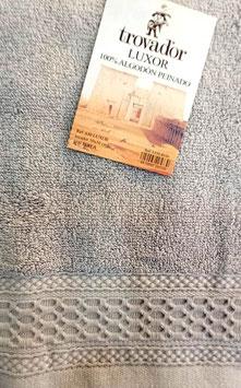 Toallas Trovador Luxor 100% algodón Peinado 600grs/m. Color 09 perla. 3 medidas disponibles.