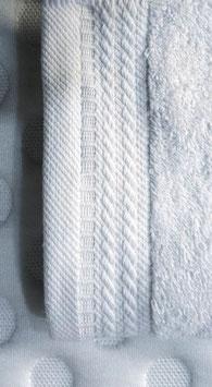 Toallas 100% algodón Peinado 600grs/m. Color Blanco. 4 medidas disponibles.