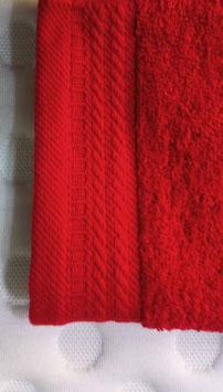 Toallas 100% algodón Peinado 600grs/m. Color Rojo. 4 medidas disponibles.