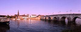 Sint Servaasbrug Met Stadsbrouwerij