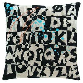 Schwarzes Alphabet mit Graffiti (Wolle)