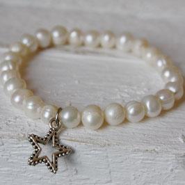 Perlenarmband mit Stern