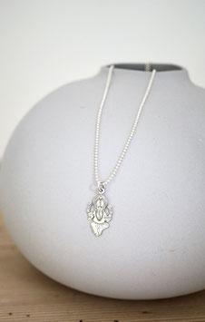 lange glitzernde Silberkette mit Ganescha