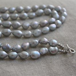 Hellgaue Perlenwechselkette in potatoform