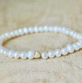 Dünnes Perlenarmband mit Goldherz Hämatit