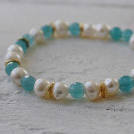Perlenarmband mit grünem Achat und Gold