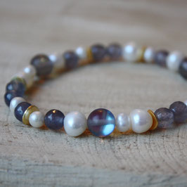 Perlenarmband mit blauem Achat, Kristall und Gold