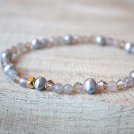 hellgraue Perlen mit Achat und Glitzer