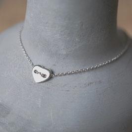 Silberarmband mit Herzplättchen