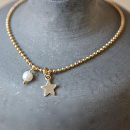 vergoldetes Kugelarmband mit Stern und Perle