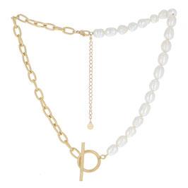 Collier à maillons dorés avec des perles d'eau douce