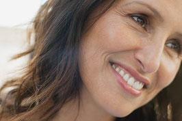 Ästhetische Beratung: Persönliche Gesichtsanalyse und Therapieplan
