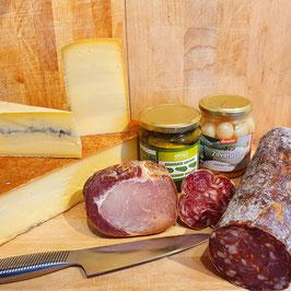 """Raclette """"1"""" pour 4 personnes - 3 fromages, charcuteries, petits oignons et cornichons"""
