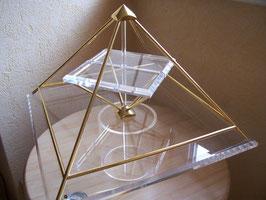 Energiepyramiden A-Modell 18 cm hoch Radius 8 m
