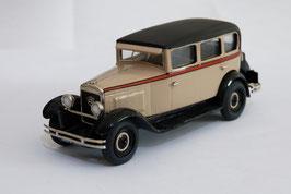 """Peugeot 183 le """"12/six"""" limousine 1929 modèle monté"""