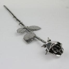 Magnifique rose en étain véritable