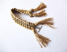 Bracelet beige lumineux, pour vous aider en période difficile