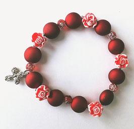 Bracelet perles et roses rouges de Sainte Thérèse.