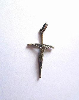 Croix avec Christ en argent
