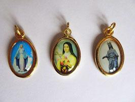 3 médailles : Vierge Marie, Sainte Thérèse et Vierge Noire