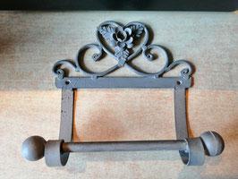 Rustikaler Klopapierhalter für den Wand in Metall