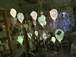 beleuchteter Glasluftballon kleine Variante in rosa