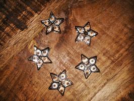 kleine Goldsterne mit Glassteinchen