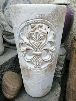 antikes Windlicht (große Variante)  aus Betonguss, dadurch sehr schwer