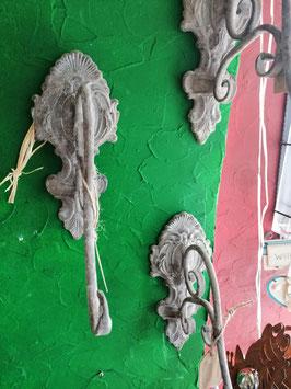 rustikaler Wandhaken - antikfinish - für den Innen- und Außenbereich geeignet