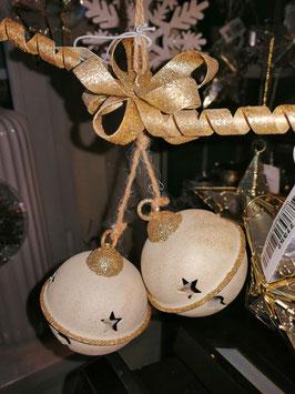 Weihnachtskugeln als Glocken in champagner/gold