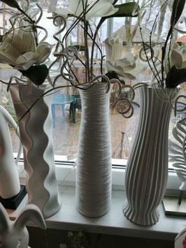 Vase creme-weiß mattiert
