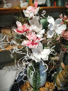künstliches Gesteck weiß/rosa mit weißen Zweigen Spirale